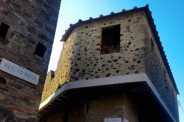 Explorez les bordels de Pompéi