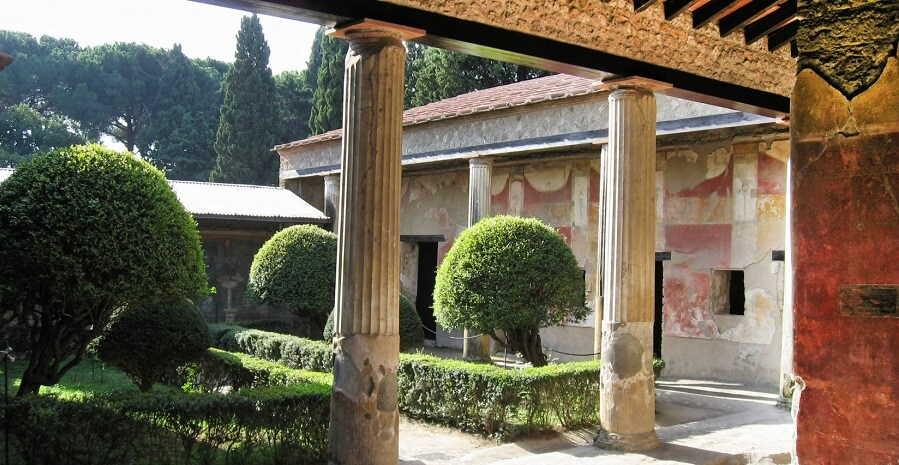 Pompeii Tour from Rome - House