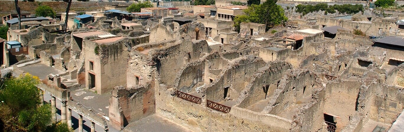 Places to visit near Pompeii