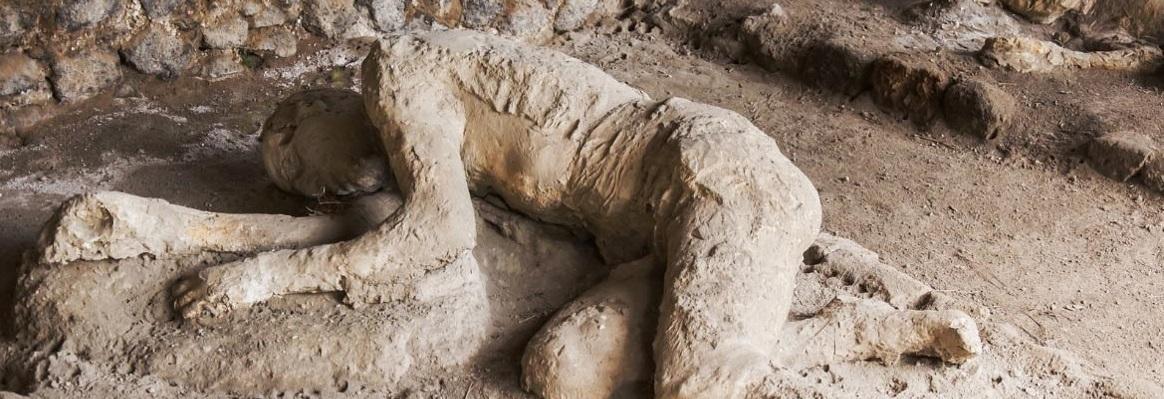 Did everyone die at Pompeii?